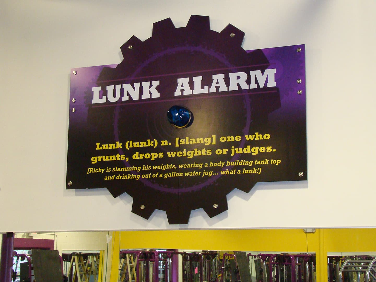 Planet Fitness - interior signage